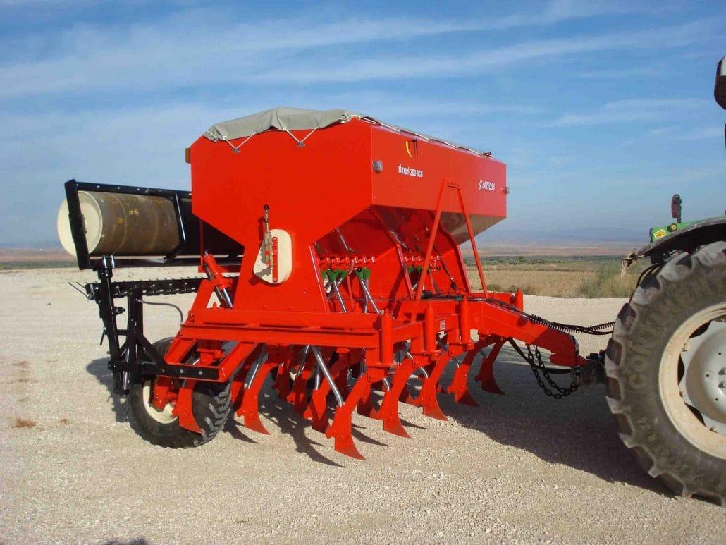 Sembradora agrícola con reja arrastrada