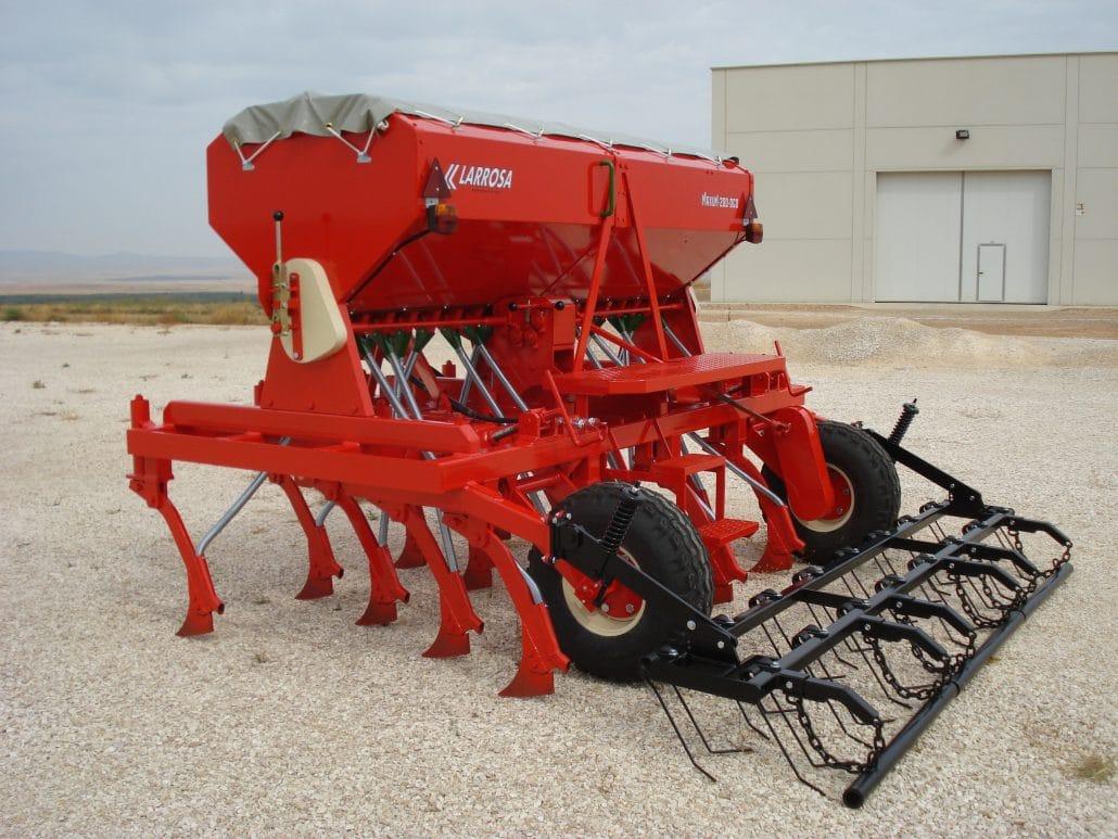 Máquina agrícola de siembra mecánica con reja